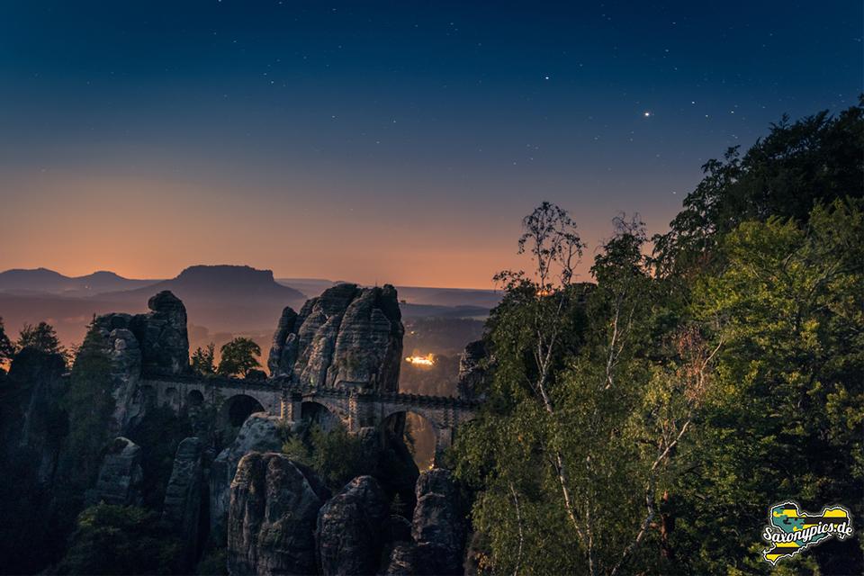 Bastei bei Nacht